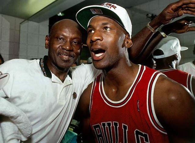 Michael Jordan - Legendary NBA Player (26 pics)