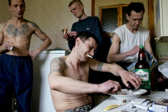 Faces of Russian Mafiosi (23 pics)