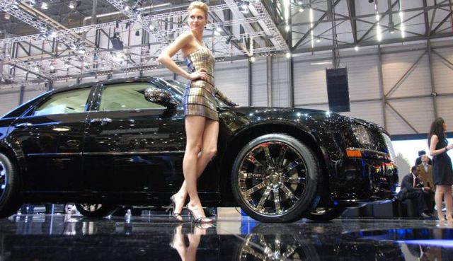 Hot Dolls at Geneva Autoshow 2010 (73 pics)