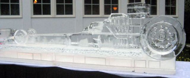 Amazing Ice Sculptures (20 pics)