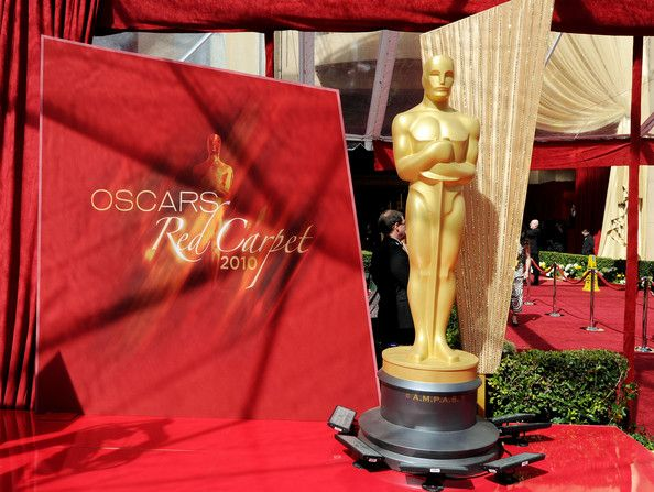 Stars on the Red Carpet at the 82nd Oscar Awards (53 pics)