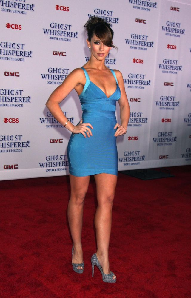 Jennifer Love Hewitt Is Still So Hot and Fresh (9 pics)