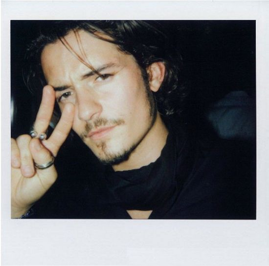 Celebrities in Polaroid Pictures (26 pics)