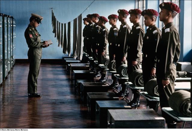 Children Soldiers (19 pics)