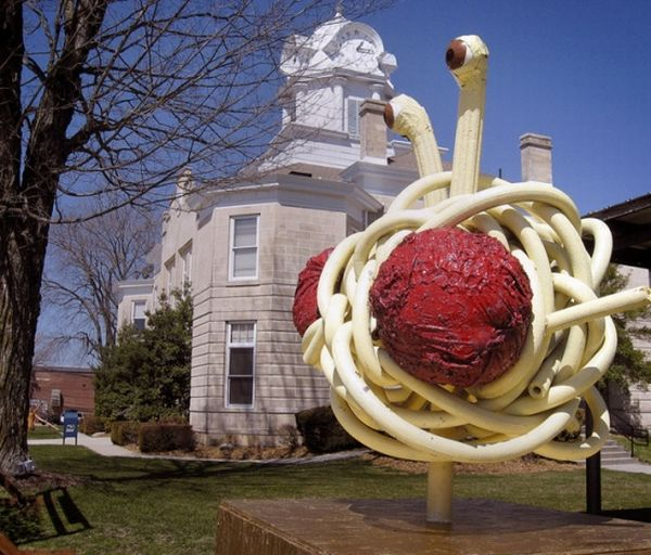 Great Food Sculptures (14 pics)