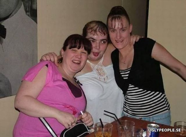 Ugly People (29 pics)