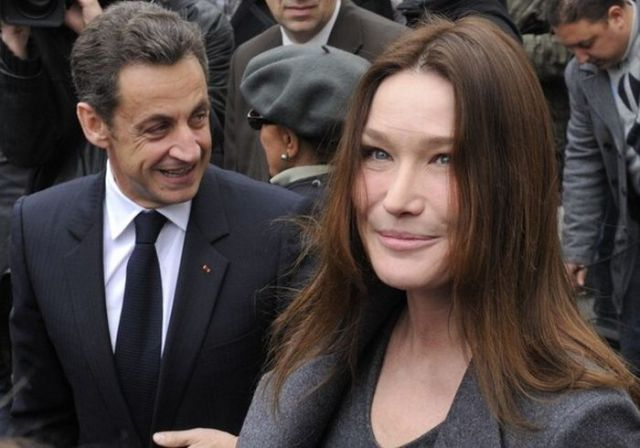 What Is Wrong With Carla Bruni's Face? (7 pics)