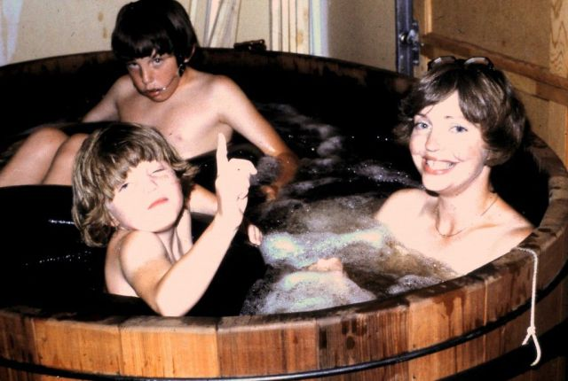 mother daughter topless hot tub
