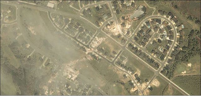 Natural Disasters on GeoEye Photos (21 pics)