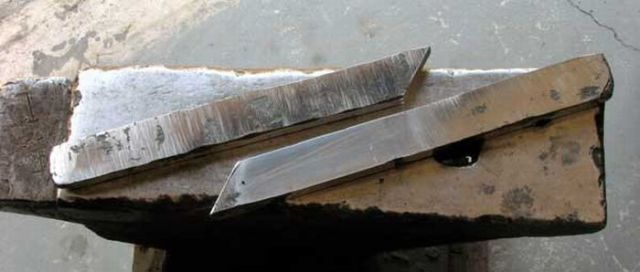 Knife Making Process (57 pics)