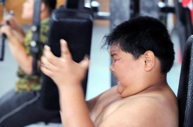 China Sends Obese Children To Special Diet Camps (14 pics)