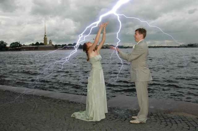 """Overcreative"" Wedding Photos (21 pics)"