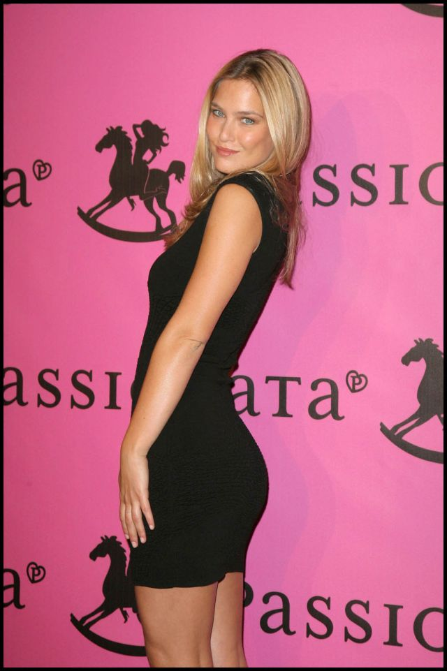 Bar Rafaeli Is Perfection (10 pics)