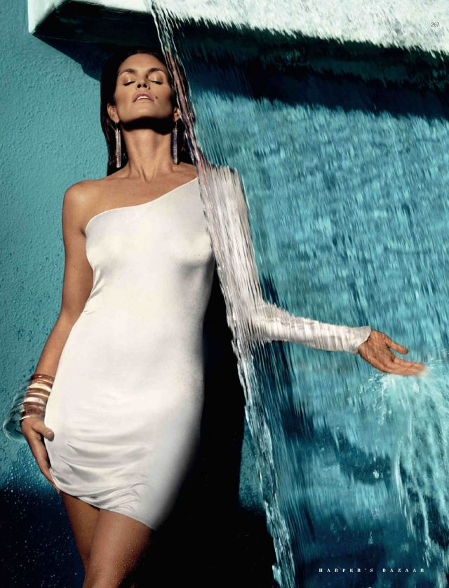Splendid Cindy Crawford for Harper's Bazaar Russia (6 pics)