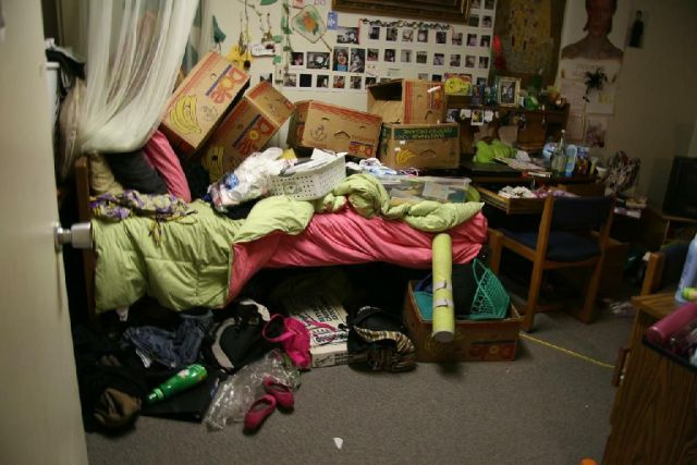 The Filthiest Apartments Ever (35 pics)