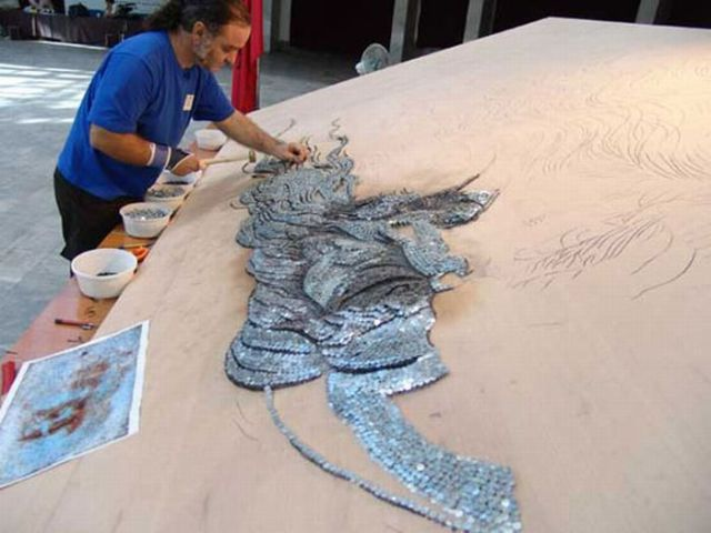 The Biggest Nail and Toothpick Mosaics the World Has Ever Seen (25 pics)
