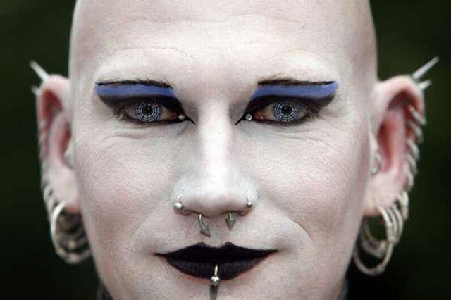 New Goths' Fashion (24 pics)