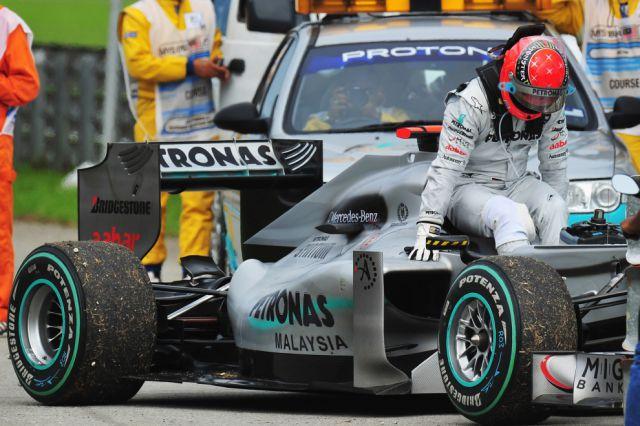 The Excitement of Formula 1 Racing (36 pics)