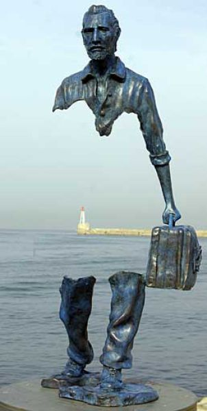 Creative French Sculptures (13 pics)