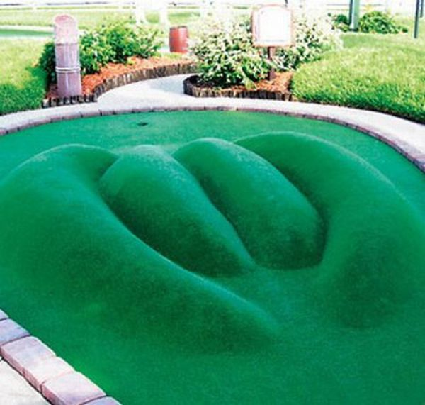 Creative Mini Golf Course Constructions (24 pics)