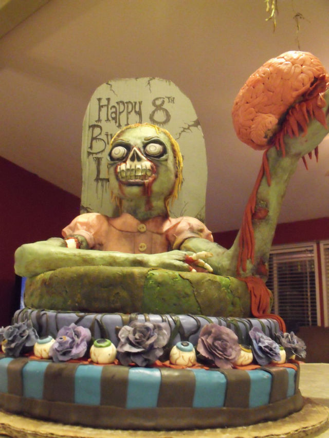 Zombie Cake (16 pics)