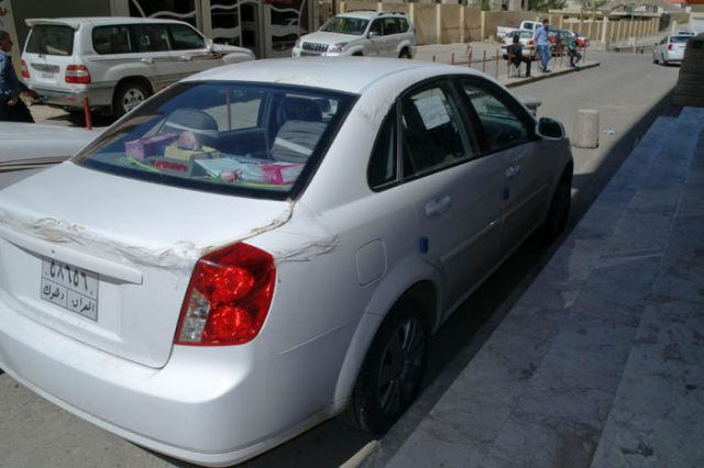 How Iraqis Treat their Cars (15 pics)