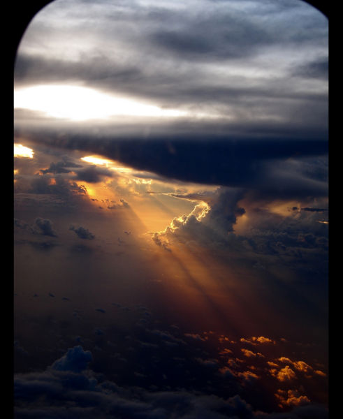 Heaven out of the Airplane Window (5 pics)
