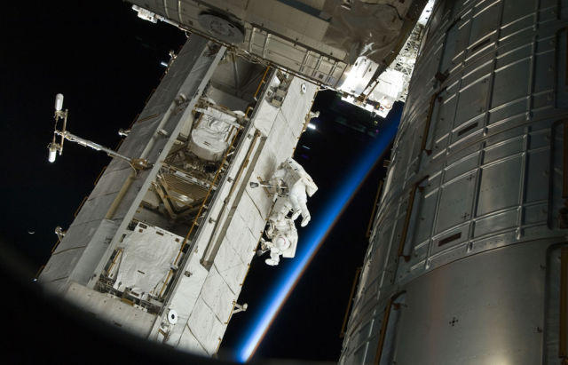 Aboard the International Space Station (38 pics)