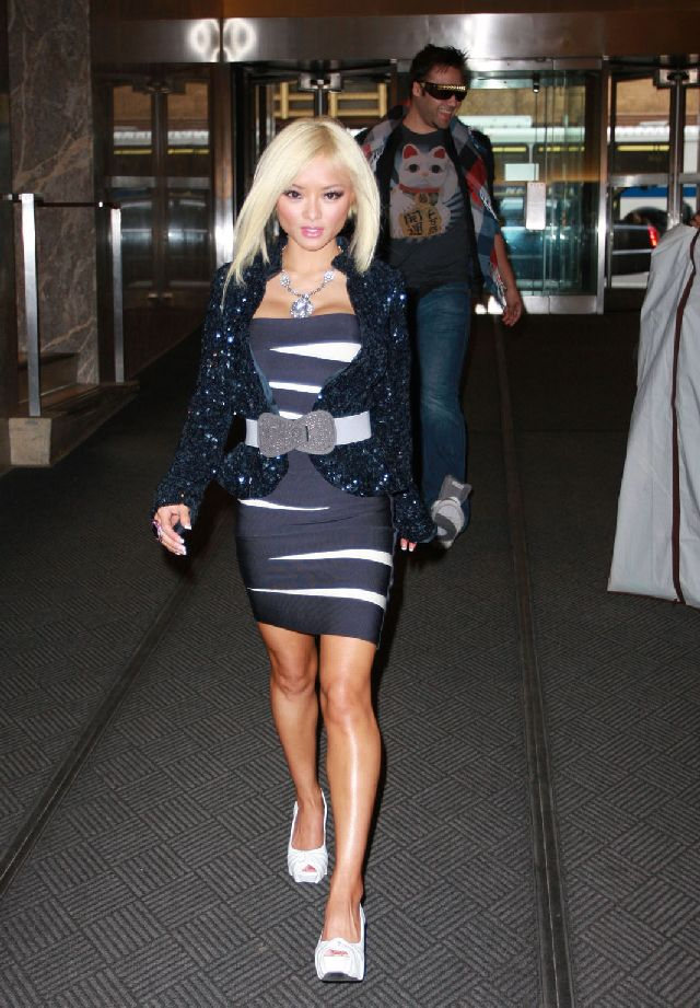 Tila Tequila Becomes Blonde Trying Desperately to Get Some Attention (9 pics)