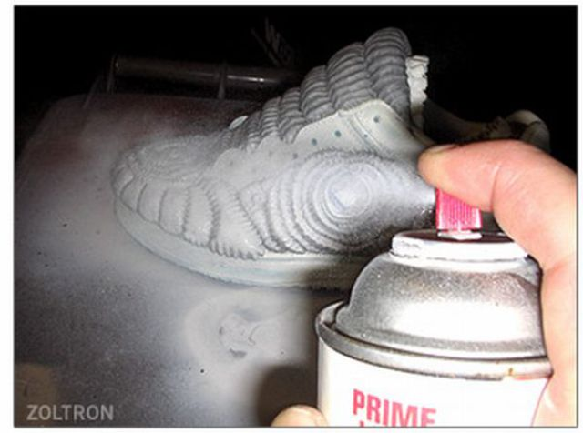 Create Scary Sneakers with Your Hands (9 pics)