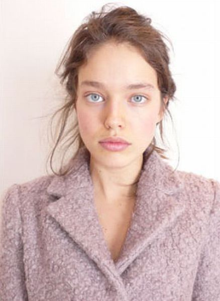 5 Louis Vuitton Model without Make-Up (51 pics)