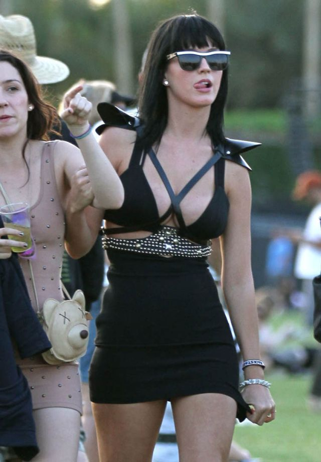 Katy Perry is Very Yummy (6 pics)