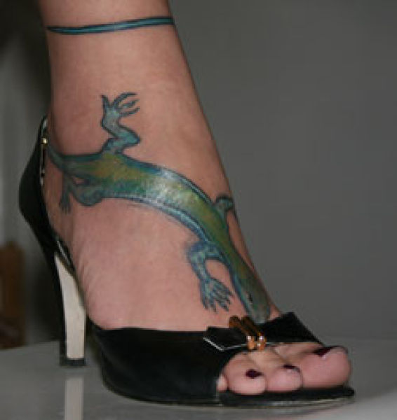 Crazy Foot Tattoos (35 pics)