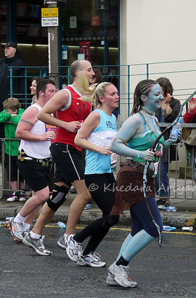 The Most Excellent Costumes at 2010 London Marathon (42 pics)