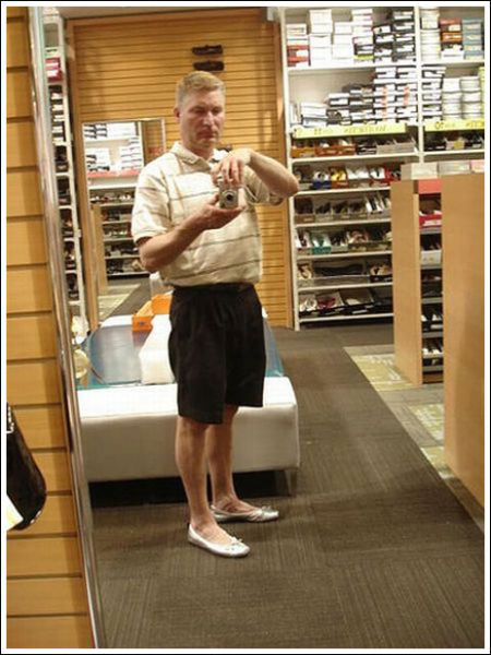 A Man Who Loves Wearing High Heels (14 pics)
