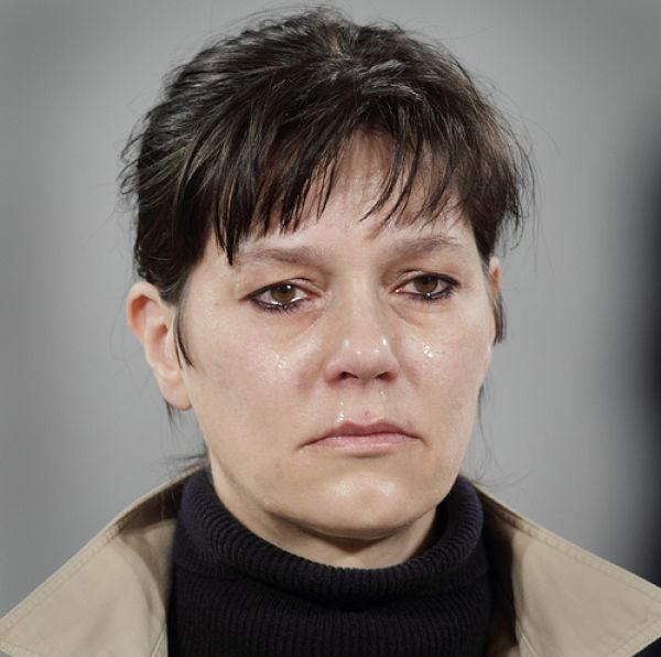 random crying marina cry she makes abramovic portrait artist moma museum modern izismile present references min exhibits abramović
