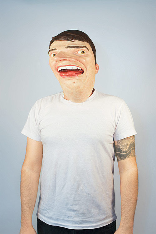A Hilarious Mask to Replace a Costume (5 pics)