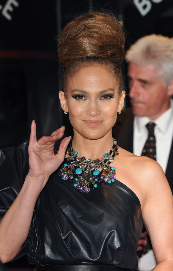 JLo with Crazy Hair (10 pics)