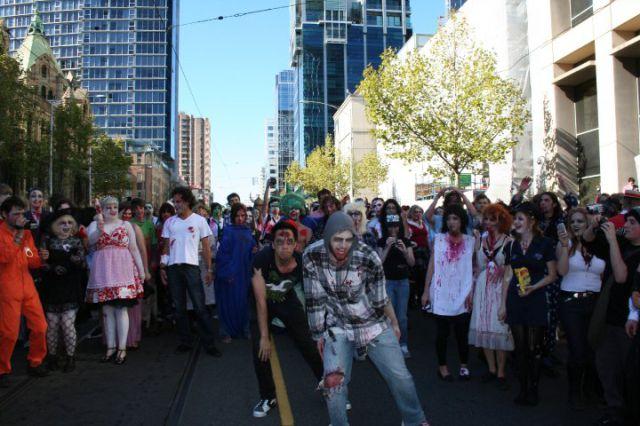 Melbourne Zombie Shuffle (77 pics)