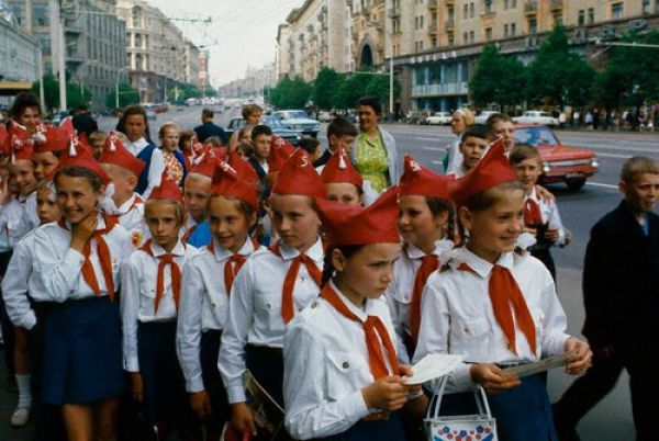 Back to the USSR (124 pics)