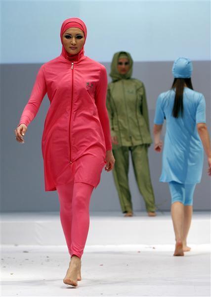 Islamic Fashion (11 pics)