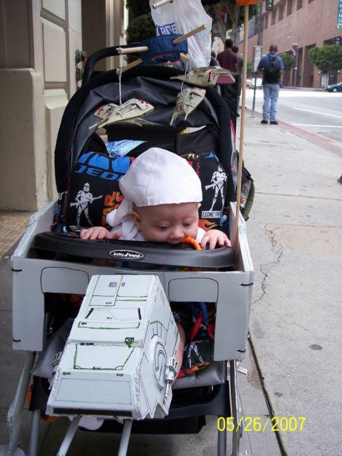 Stylish Baby Stroller (10 pics)