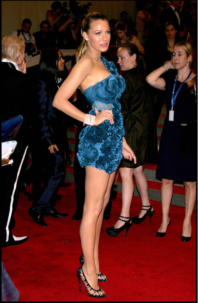 Blake Lively Is a Real Pleasure for the Eyes (9 pics)