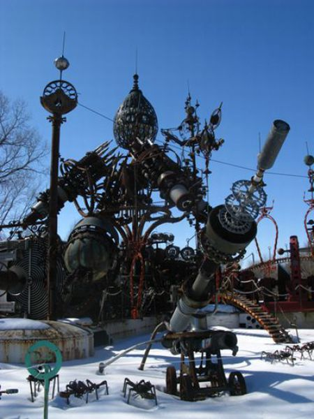 Park Full of Awesome Steampunk Sculptures (23 pics)