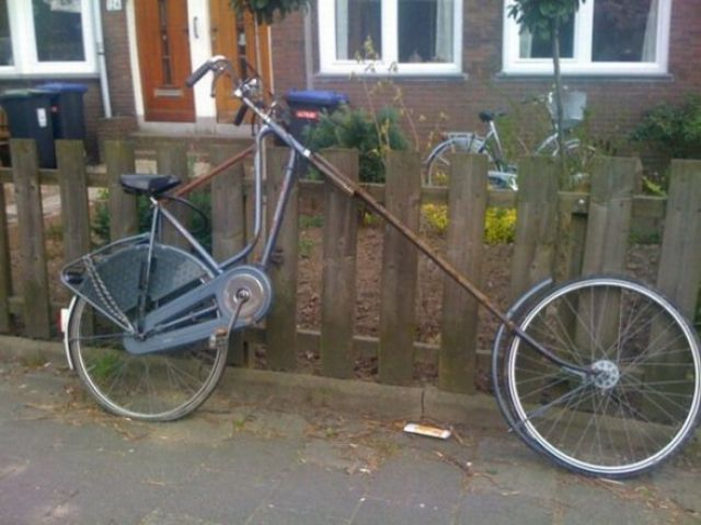 Collection of WTF Bikes! (25 pics)