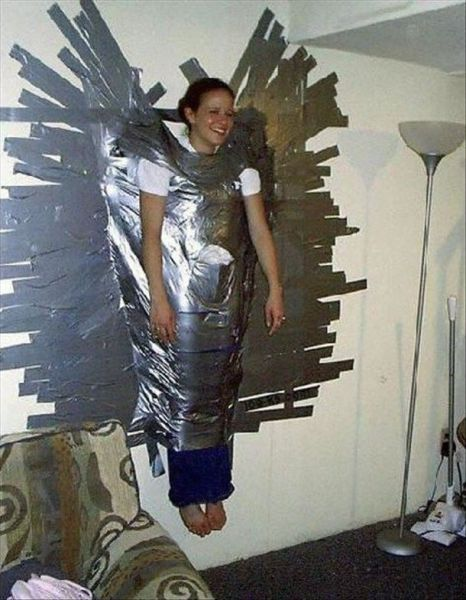 The Many Uses of Duct Tape (44 pics)