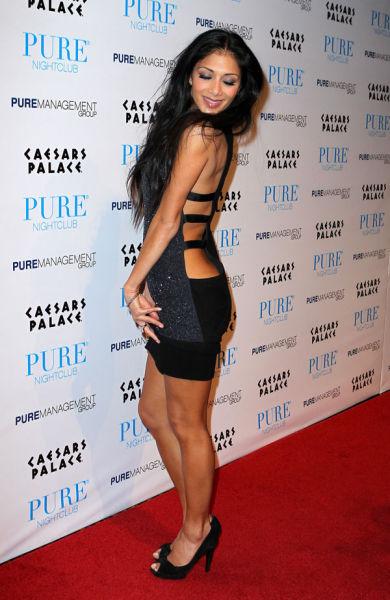 Delicious Hottie Nicole Scherzinger (5 pics)