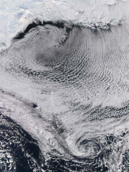 How Clouds Are Seen from Space (25 pics)