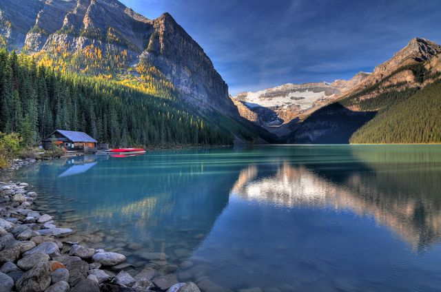 Marvelous Lake Louise (30 pics)