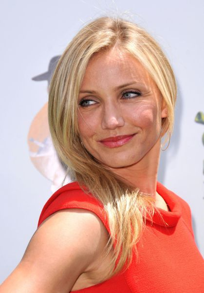 Cameron Diaz Is Still Pretty, but She's Nothing What She Was Before (9 pics)